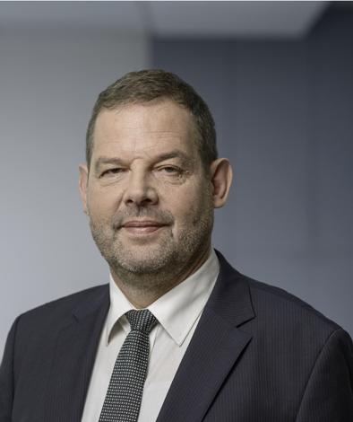 Bernhard Schmid